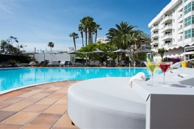 AxelBeach Maspalomas Apartments & Lounge Club